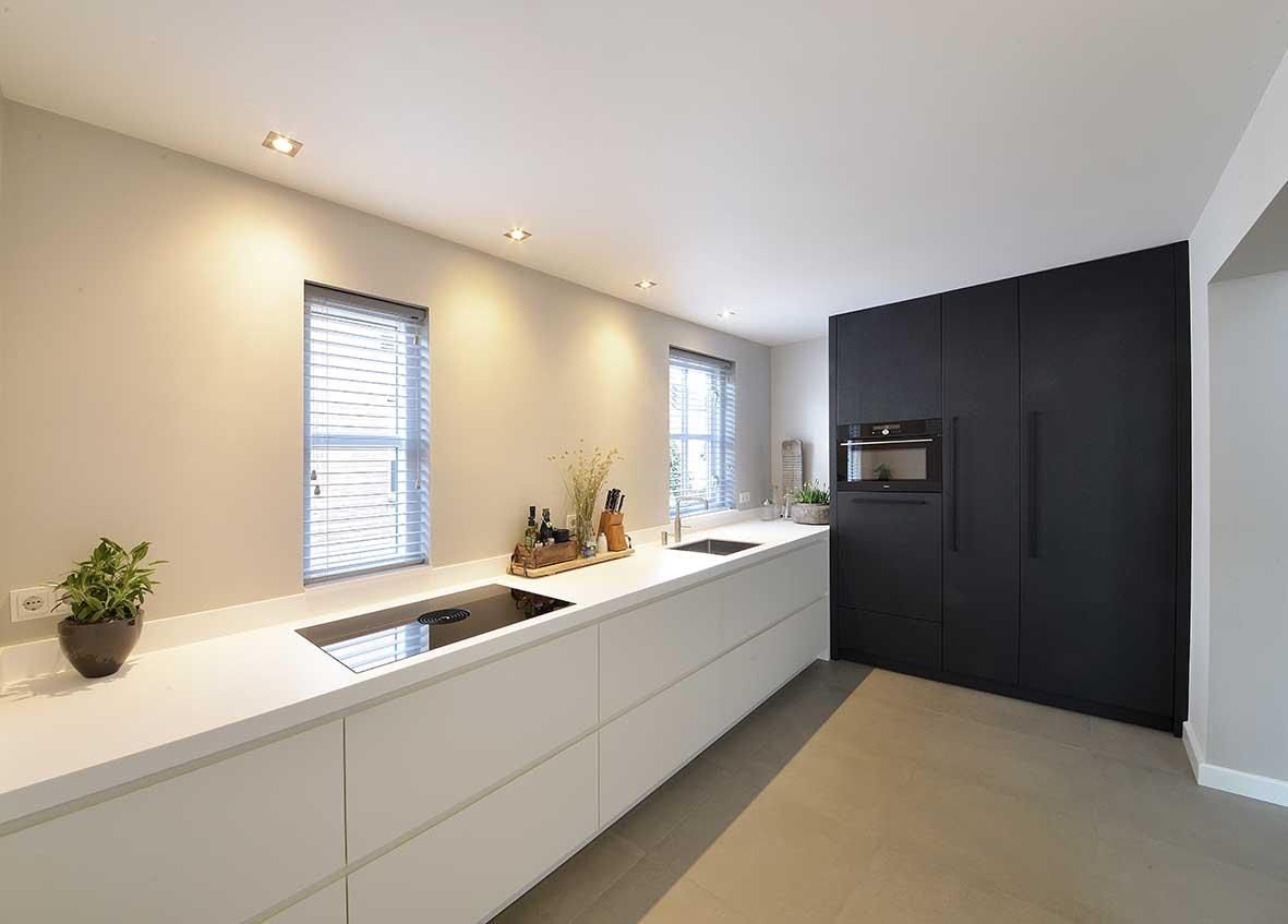 Strakke-keuken-Double-Vision-Interieurprojecten-versID-